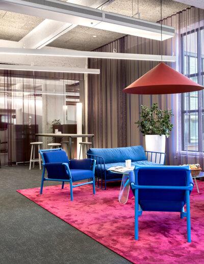 Troldtekt: Troldtekt akustikplattor i naturgrå färg - Nordnets huvudkontor, Stockholm