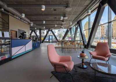 Troldtekt: Troldtekt akustikplattor i naturgrå kulör - Eminent, Malmö